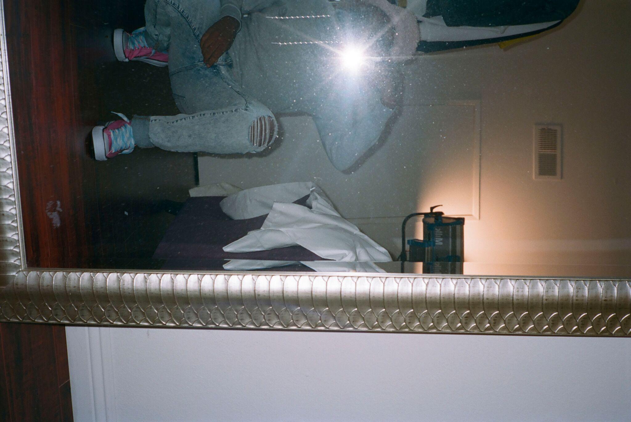 mirror selfie of Deaunte