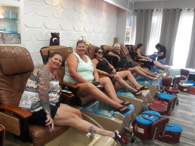 Jen getting a pedicure with friends