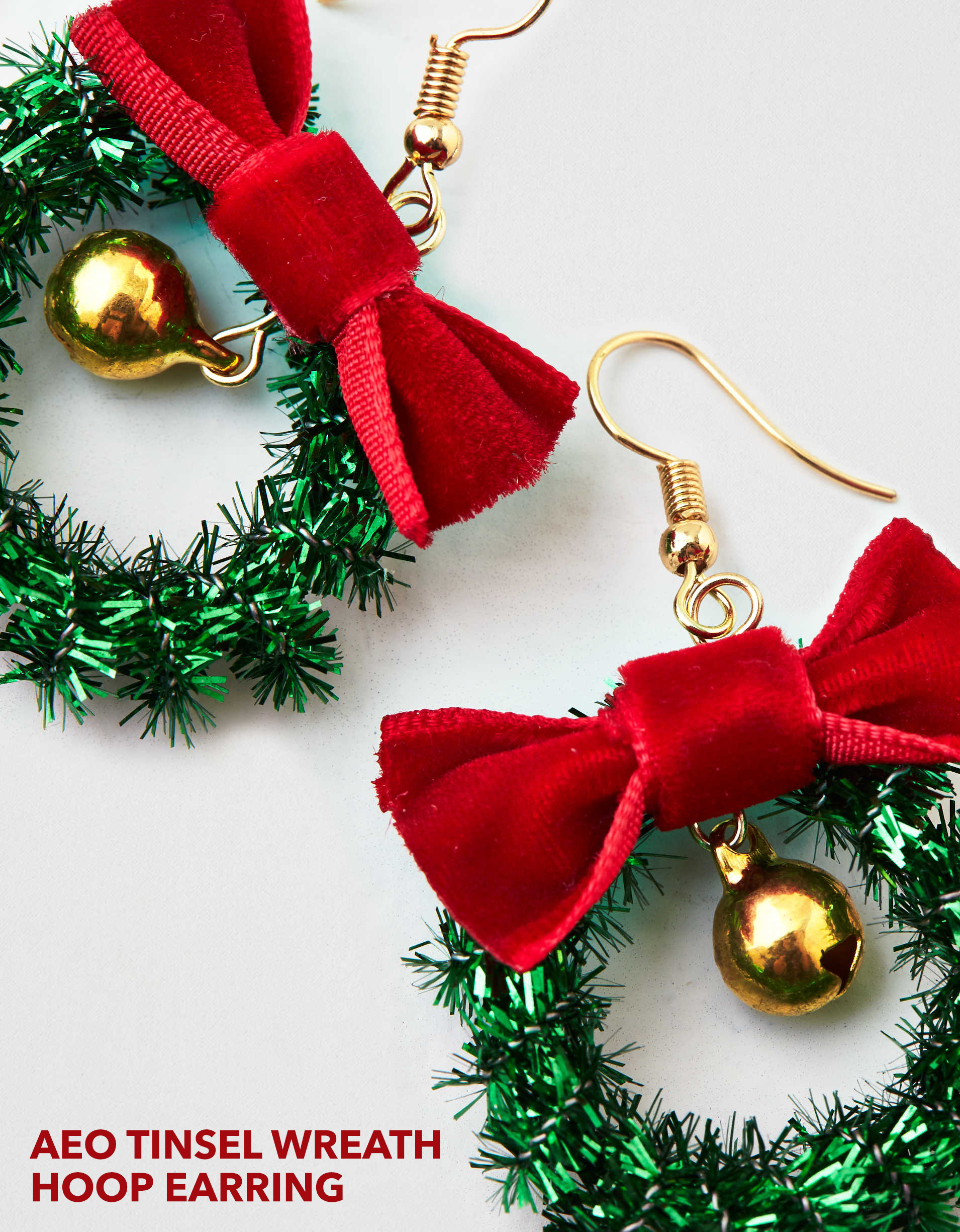 AEO TINSEL WREATH HOOP EARRING